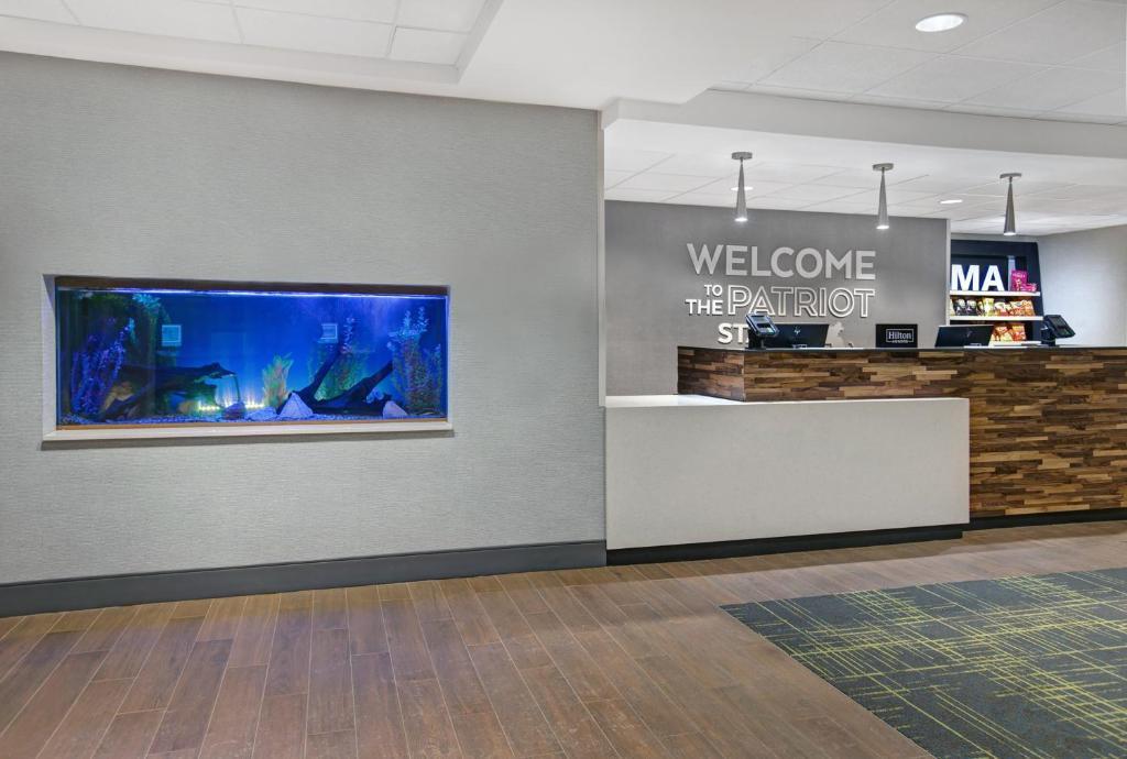 Holiday Inn Westfield Ma Booking Com