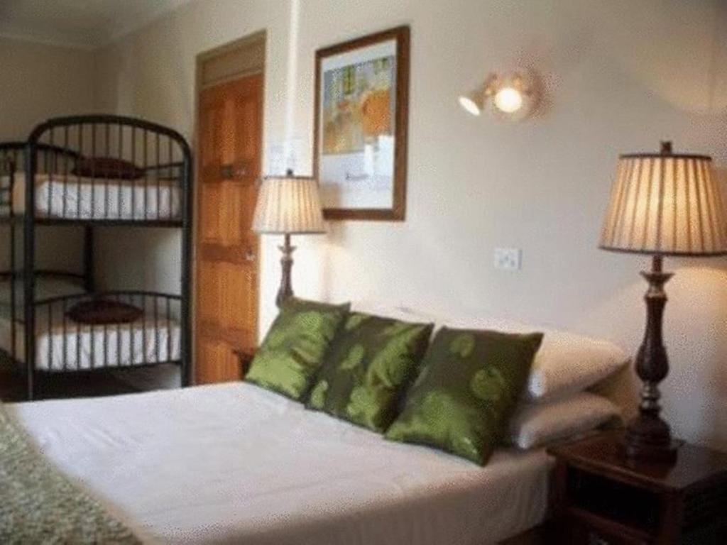 Motel Aspect Central Cairns Australia Booking Com