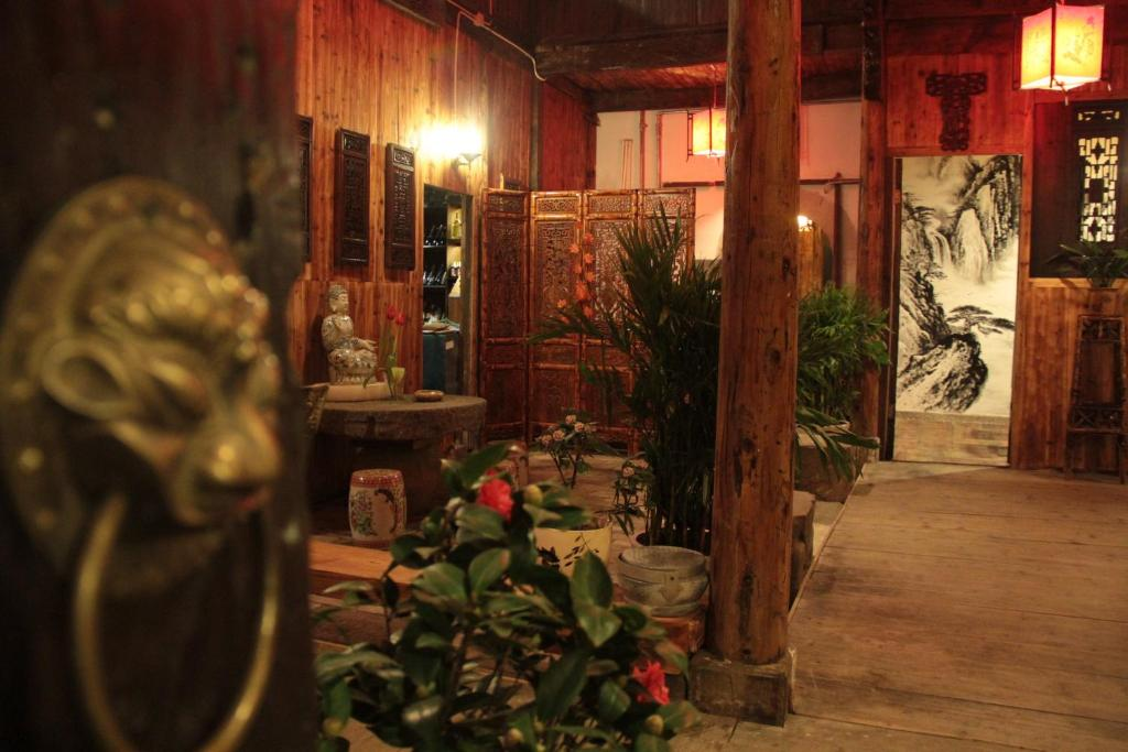 Homestay Old Street Courtyard Huangshan China Booking Com
