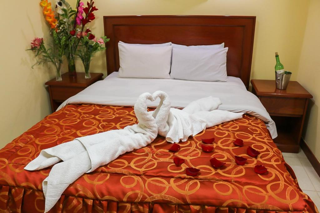 Hotel Elmer Z Cusco Peru Booking Com