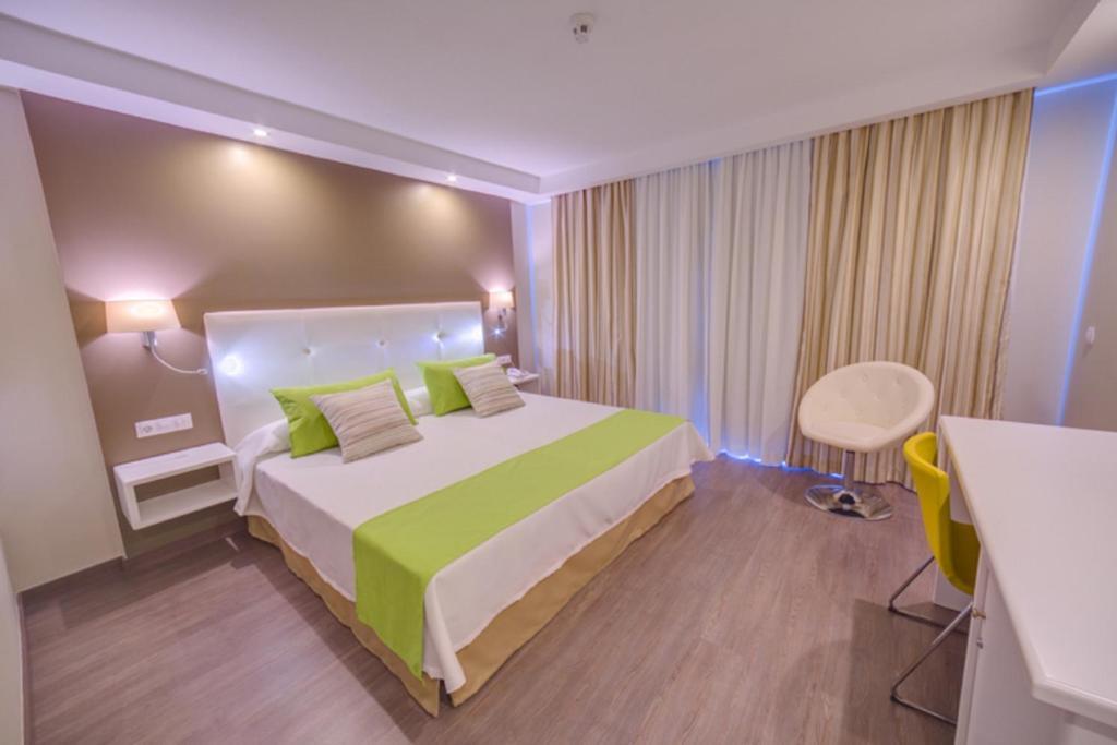 Hotel Rf San Borondon Puerto De La Cruz Spain Booking Com
