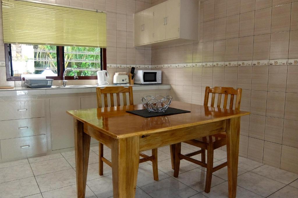 Roche Kerlan Apartments Praslin Seychelles Booking Com