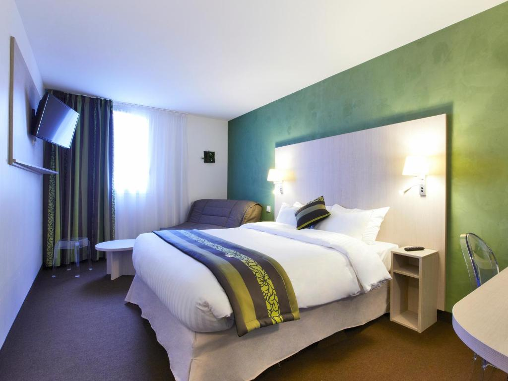 Hotel Kyriad Paris Nord Parc Expo Gonesse France Booking Com