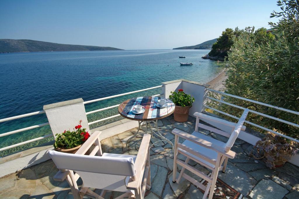 Fisherman S Cottage Kalamakia Greece Booking Com