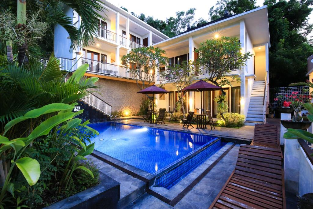 Dewi Villa Padangbai Indonesia Booking Com