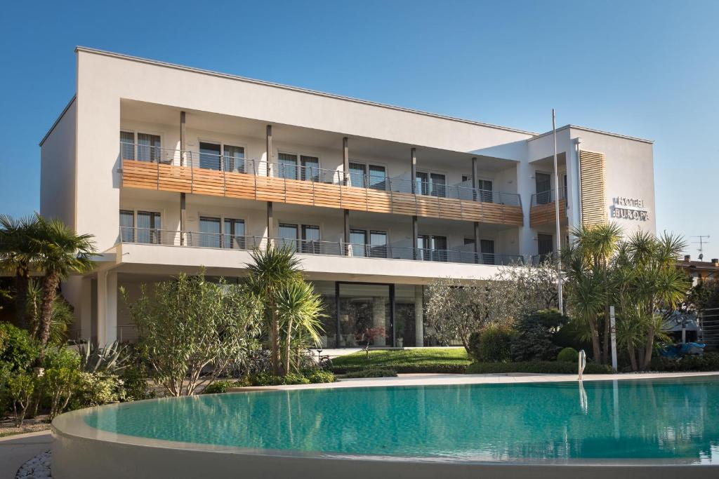Hotel Europa Sirmione Italy Booking Com