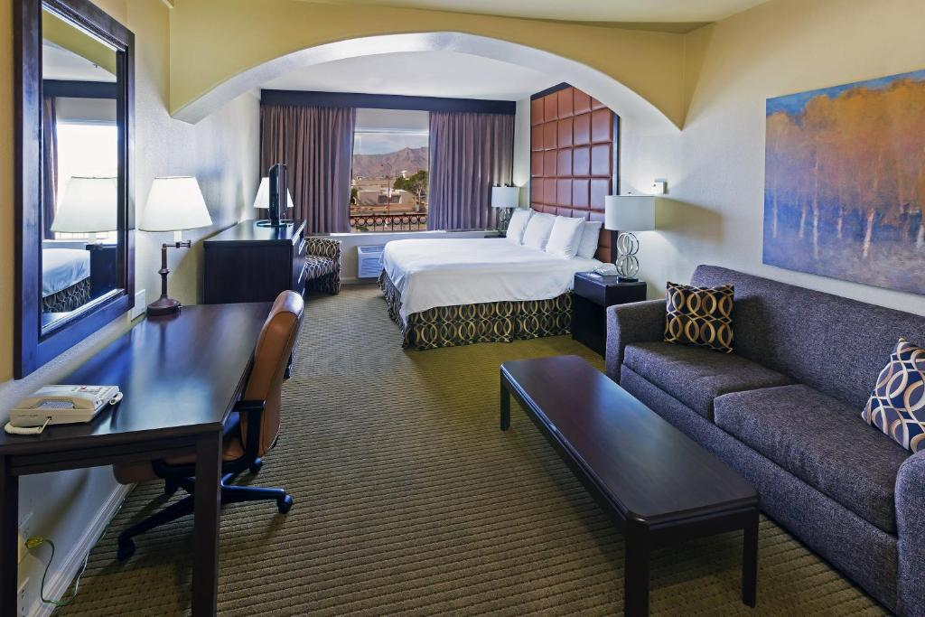 Hotel Radisson El Paso Airport Tx Booking Com