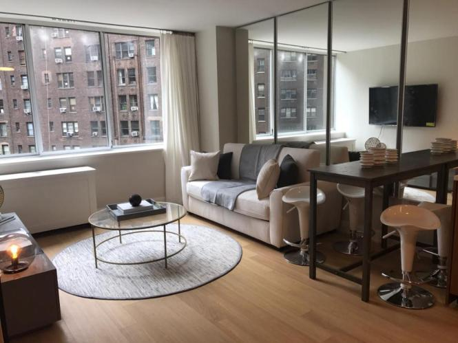 Apartment Exquisite 2 Bedroom Baths All Modern And High