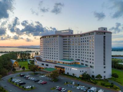 【2021年版】浜松のホテルで記念日を過ごすカップルにおすすめ!特別なホテルランキングTOP10【カップルプラン・記念日ディナー・充実サービスなど】