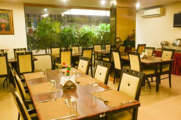 Hotel The Chevron Orchards Bangalore India Booking Com