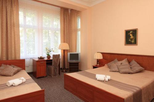Hotel Arche Berlin Germany Booking Com