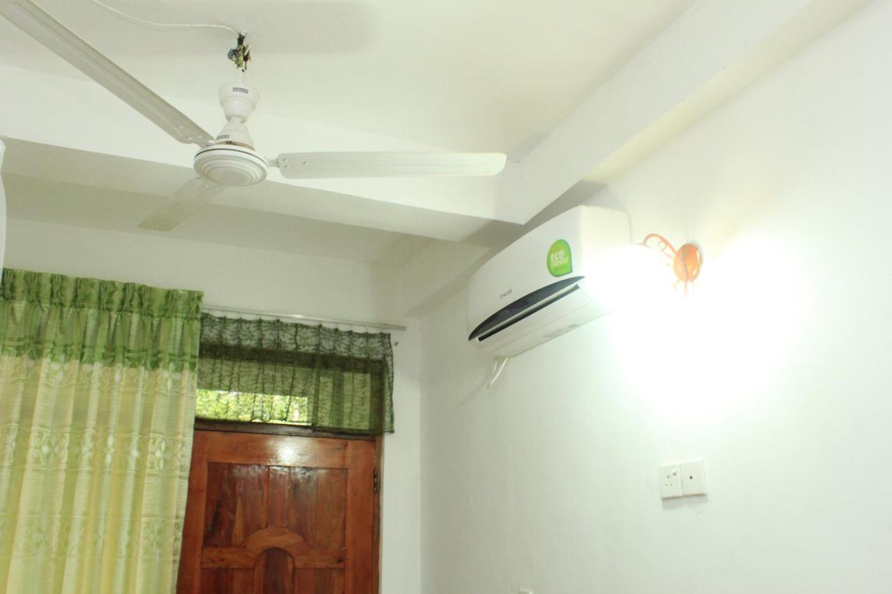 Guesthouse New Madawa Rest Sigiriya Sri Lanka Booking Com