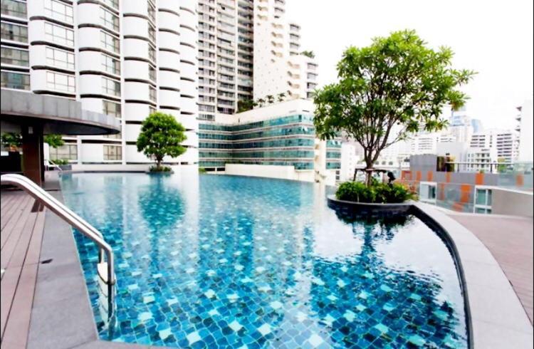 Condo Hotel Luxury Suite Bts Nana Bangkok Thailand