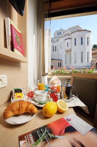 Hotel Delle Rose Cascia Italy Booking Com