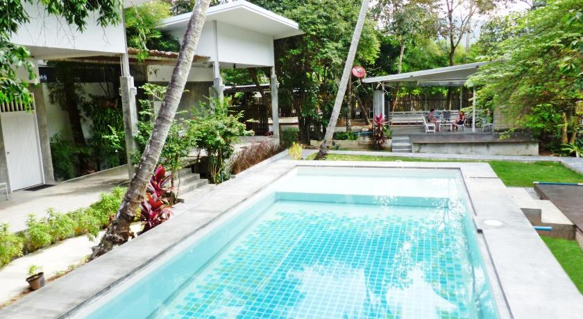 Glur Hostel, Ao Nang, Thailand