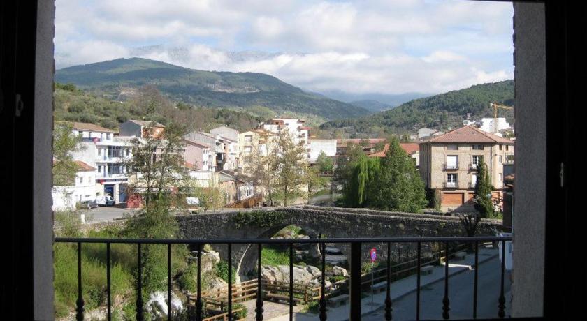 Bookingcom Apartamentos Puenteviejo  Arenas de San