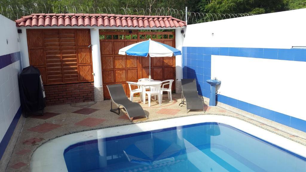 Casa con Piscina Privada y Jacuzzi  Flandes  book your hotel with ViaMichelin