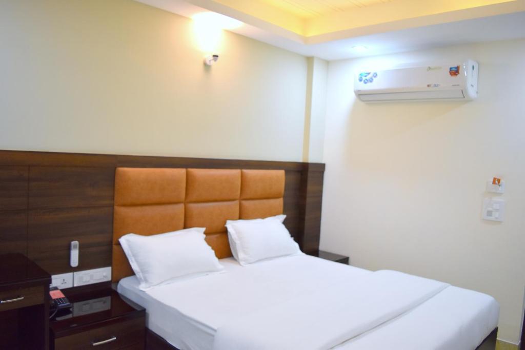 Hotel Tara Palace Daryaganj New Delhi View Deal Guest