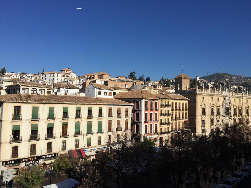 Apartamentos Plaza Granada