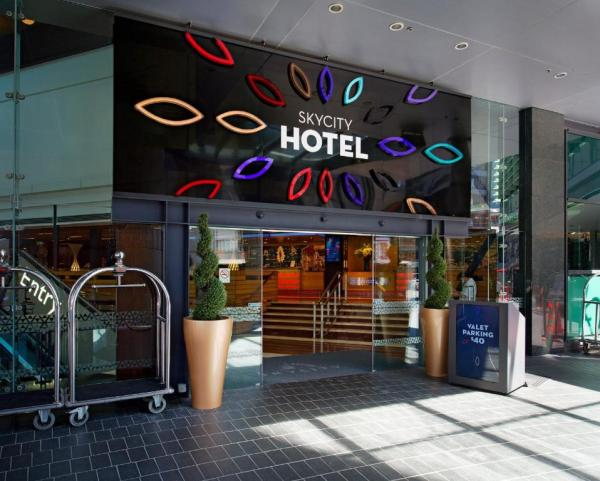 SKYCITY Hotel Auckland - Auckland - book your hotel with ...