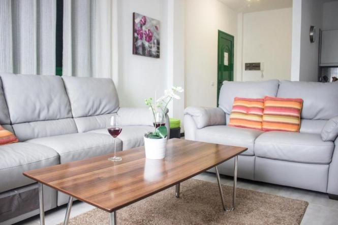 Hip Apartments