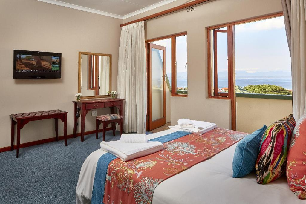 First Group Perna Perna Mossel Bay Holiday Residences