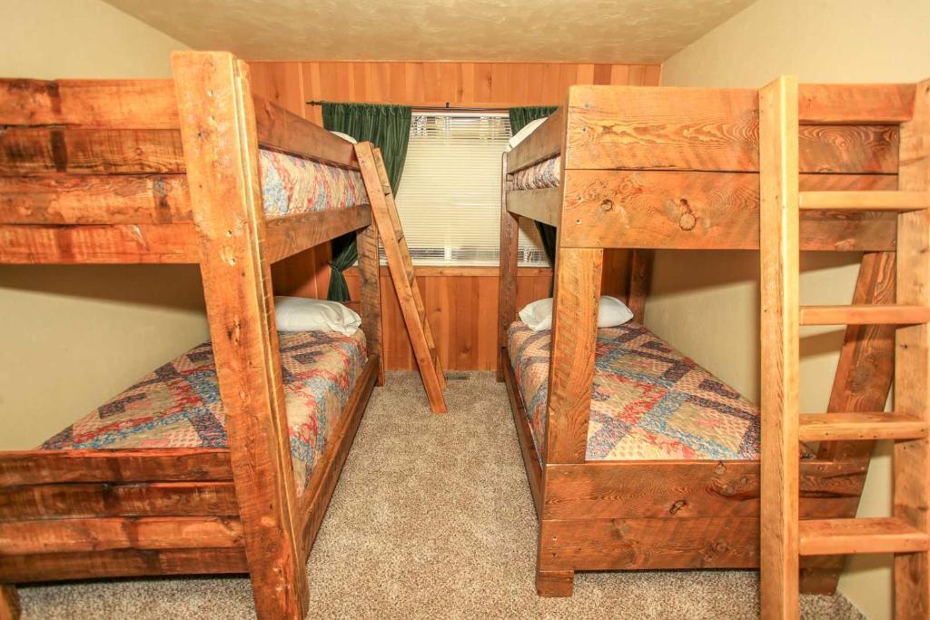 Bravo Big Bear Lodges Holiday Home Big Bear Lake