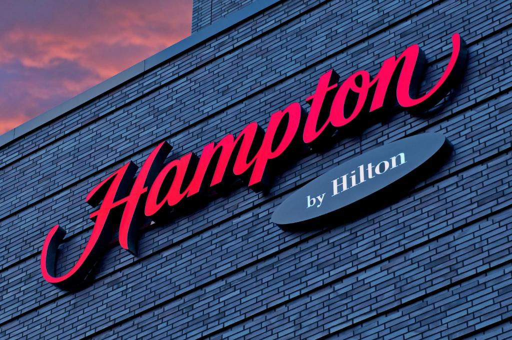 hampton by hilton electricity meter wiring diagram hotel berlin city west