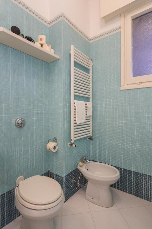 swimming pool tennis apartment rapallo