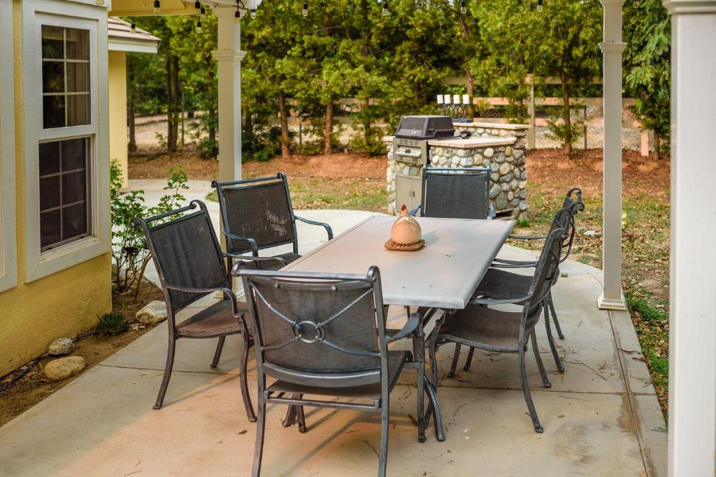 patio in temecula wine country