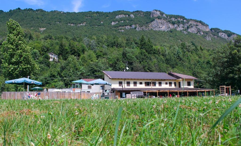 Wolf Village  Gtes  Demonte Pimont Italie