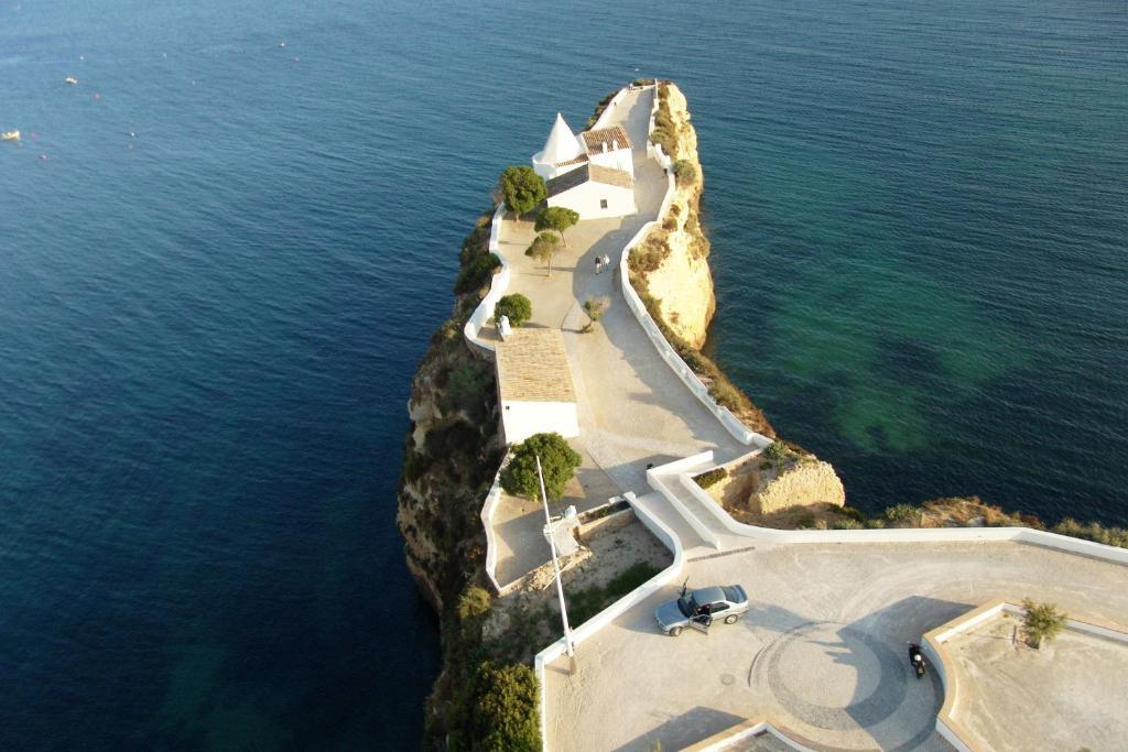 Be Smart Terrace Algarve Appart Hotels Armacao De Pera