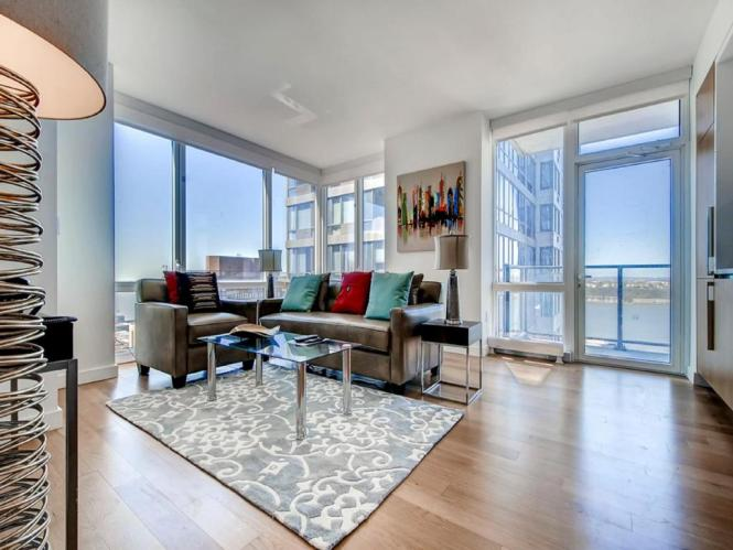 Global Luxury Suites At Sky Apartments