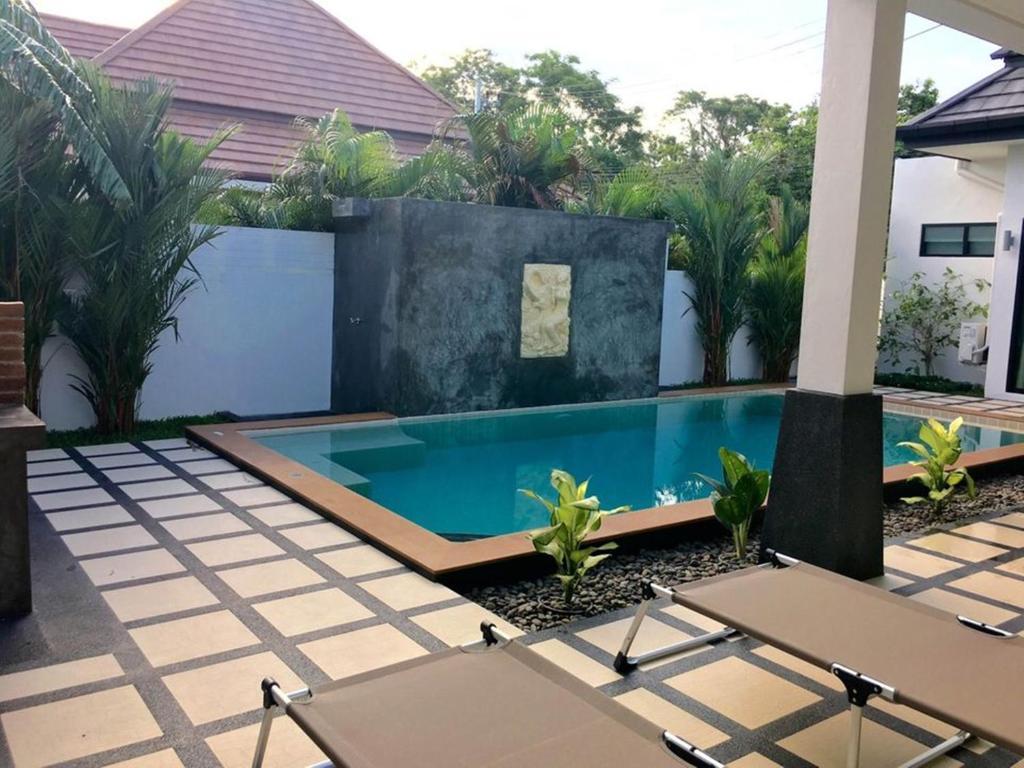 Clos Vougeot Villa By Jetta Villa In Rawai Beach Thailand