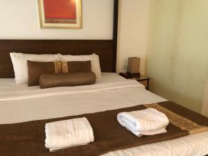 A Hotel Com Alegria The Goan Village Resort Candolim
