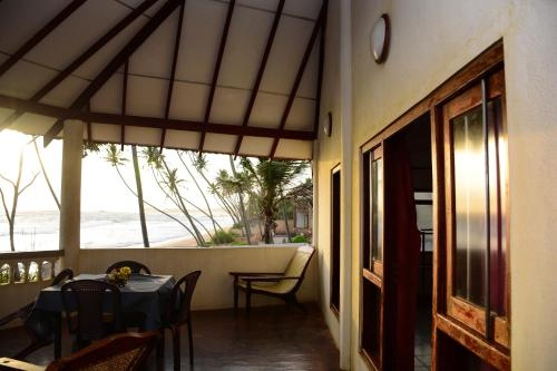 Villa Shanthi Beach Viilla In Unawatuna Sri Lanka Planet
