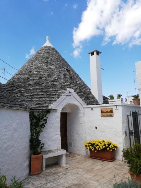 Holiday Houses In Alberobello