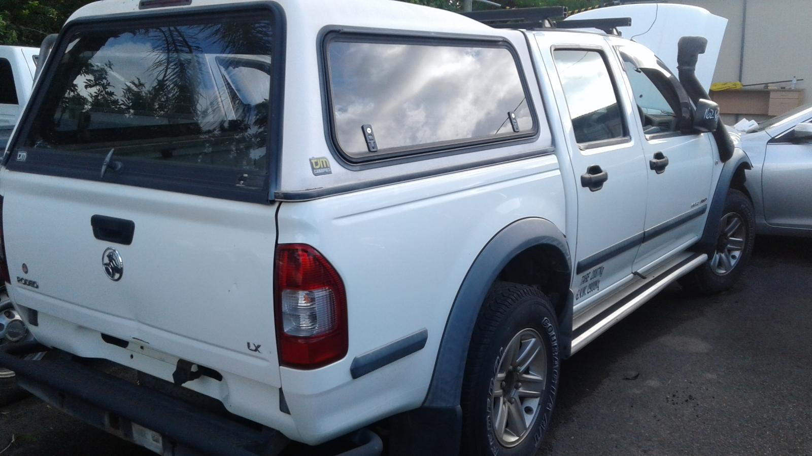 hight resolution of 2005 holden rodeo white