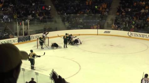 Quinnipiac men's ice hockey defeats Clarkson 6-3