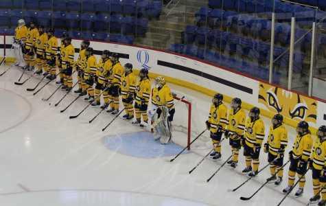 Quinnipiac women's hockey falls to UNH 4-2 at home