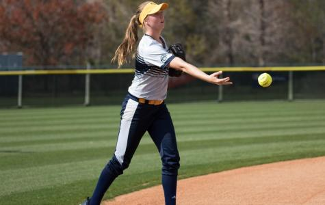 Quinnipiac softball team snaps a five game skid with a 4-0 win over Sacred Heart