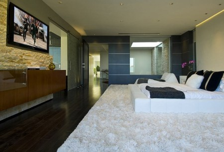 Luxurious Los Angeles Bachelor Pad By Ben Bacal 14