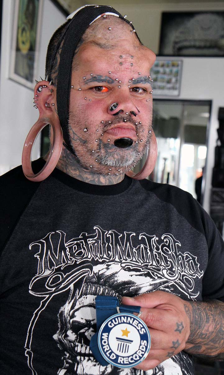 "EXCLUSIVE: Guinness World Record for 'Biggest Earlobes' EXCLUSIVE: World Record ""Largest earlobes"""