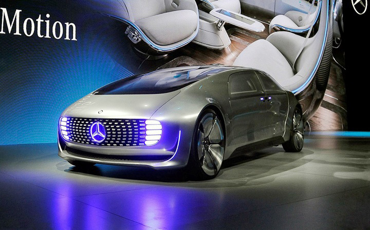 Mercedes Benz F015 Self Driving Car Q8 All In One The Blog