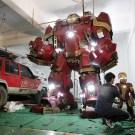 Art Teacher Builds A Life-Sized Iron Man Hulkbuster