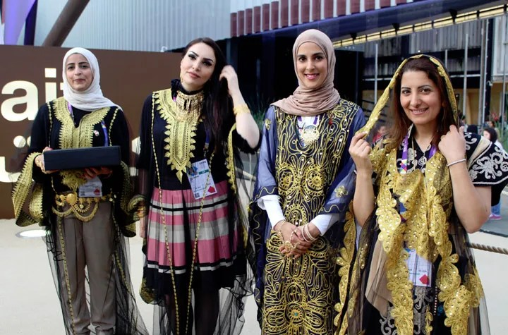 Kuwaiti Girls in Traditional Dress