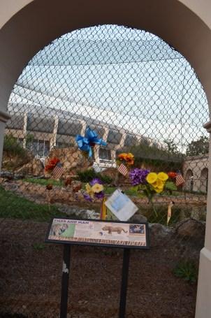 Autel en commémoration à Mike The Tiger, mascotte de LSU