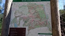 Carte des trails menant au mont Lee