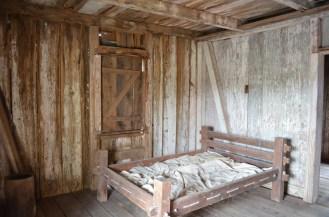 Un lit dans lequel dormaient souvent cinq personnes