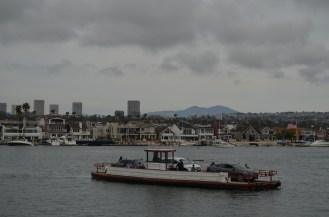 Petit ferry qui relie le port à Balboa Island